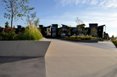 Sandscape walls and flatwork by Colorado Hardscapes