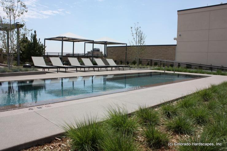 Colorado Hardscapes installed the Sandscape pool deck at Steele Creek